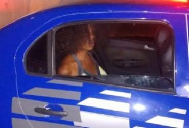 Mulher é presa após esfaquear companheira em Feira de Santana | Reprodução | Acorda Cidade