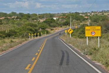 Obras de infraestrutura no valor de R$ 32 milhões foram entregues em Itiúba e Cansanção