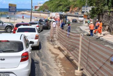 Trânsito é interditado em trecho do Rio Vermelho para obras de requalificação | Bruno Concha | Secom