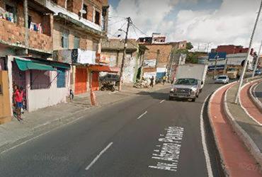 Manifestantes bloqueiam avenida Afrânio Peixoto | Reprodução | Google Maps