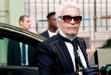 Karl Lagerfeld não encerra desfile da Chanel pela primeira vez em mais de 30 anos   Divulgação
