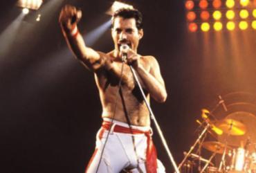 Um dos vídeos tem a praia de Copacabana ao fundo: uma entrevista de Mercury para Glória Maria, no Fantástico, em 1985 - Divulgação