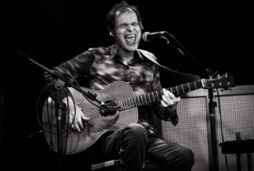 Cantor Paquito apresenta show autoral nesta terça no TCA | Divulgação
