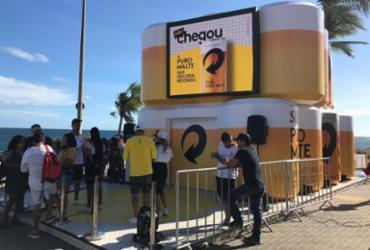 Campanha promocional dá cerveja de graça no Farol da Barra | Divulgação