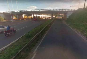 Motociclista fica ferido após colidir com carro de passeio em Pirajá | Reprodução | Google Maps