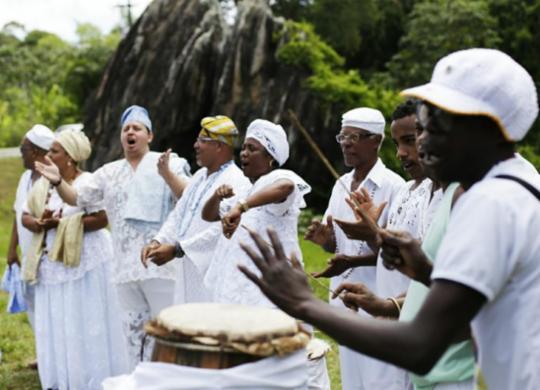 Ato na Pedra de Xangô marca Dia de Combate à Intolerância Religiosa | Raul Spinassé | Ag. A TARDE