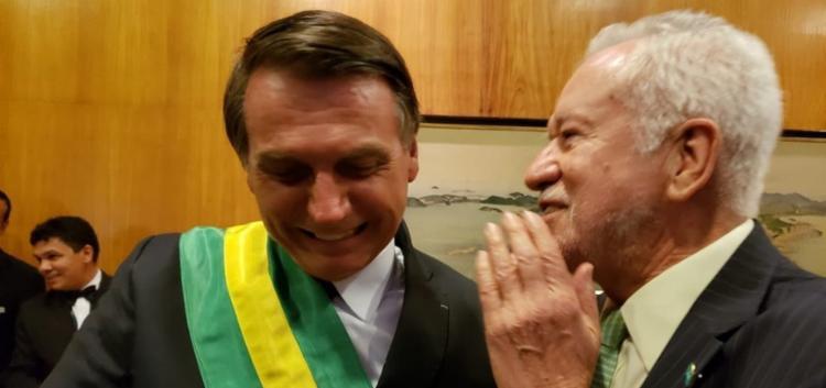 Jair Bolsonaro e Alexandre Garcia no Itamaraty - Foto: Reprodução | Twitter