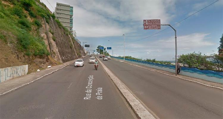 O trânsito na Rua da Conceição da Praia, no bairro do Comércio, será interditado progressivamente, para o transporte da imagem do Senhor dos Navegantes da Basílica da Conceição - Foto: Reprodução | Google Maps