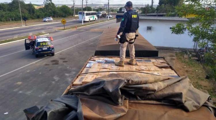 Apreensão ocorreu no km 21 do Anel Rodoviário da BR 116 - Foto: Divulgação | PRF