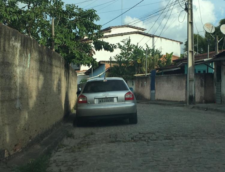 Veículo foi apreendido com o suspeito - Foto: Divulgação