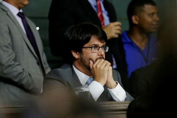 Guilherme Bellintani durante solenidade na Câmara - Foto: Adilton Venegeroles / Ag. A TARDE
