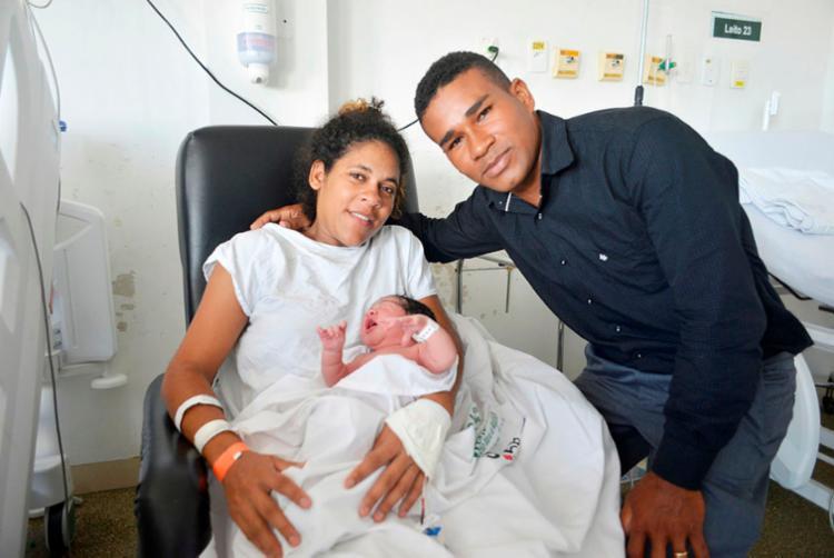 Tâmala Vitória nasceu por volta de 1h40 do dia 1º - Foto: Shirley Stolze | Ag. A TARDE