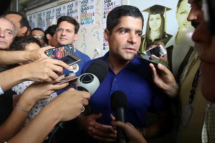 ACM Neto admitiu que o fato de Bolsonaro ter indicado três integrantes da sigla para o governo é relevante em termos de