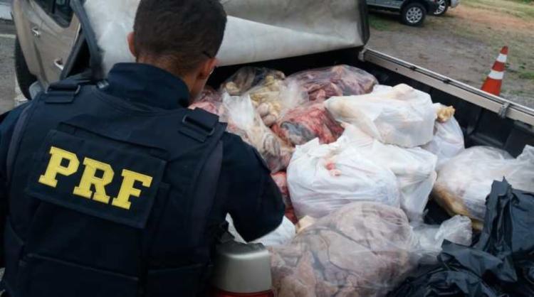 O condutor foi encaminhado à Delegacia de Polícia Civil por praticar crime contra as relações de consumo - Foto: Divulgação   PRF-BA