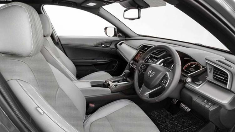 """Ideia da montadora foi mudar a cara do Civic para um """"SUV Urbano"""", mas sem perder a essência"""