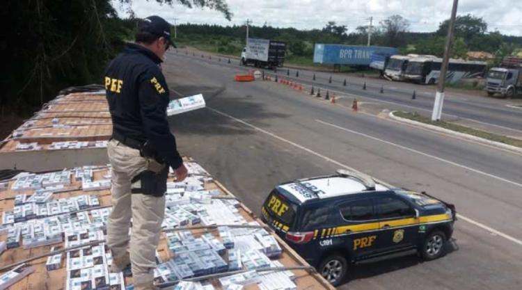 Ao todo, 8 milhões de unidades de cigarros foram encontradas - Foto: PRF | Divulgação