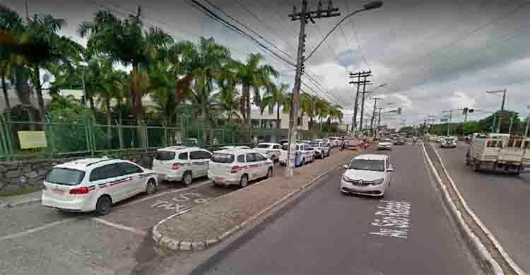 O acidente aconteceu nas proximidades do Hospital São Rafael, sentido Paralela - Foto: Reprodução | Google Maps