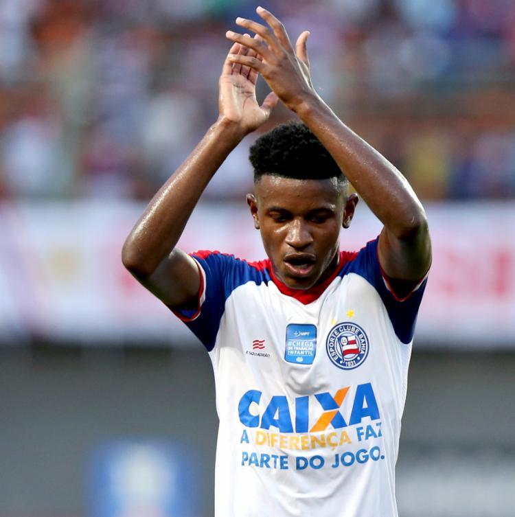 Ramires atuava como único armador ofensivo - Foto: Felipe Oliveira | EC Bahia