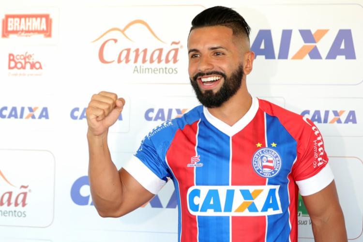 O meia Guilherme pertence ao Corinthians e veio por empréstimo por um ano - Foto: Felipe Oliveira | EC Bahia | Divulgação