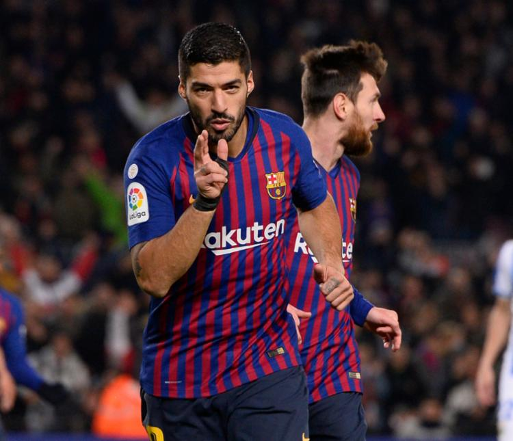 Hoje, é possível dizer que o Barça usa uma dupla ofensiva: Messi e Suárez - Foto: Josep Lago | AFP