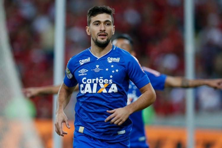 Arrascaeta, os dirigentes do clube mineiro e os do Flamengo tiveram condutas antiprofissionais - Foto: Divulgação | Cruzeiro