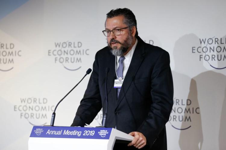 Ministro Ernesto Araújo participou de reunião sobre o tema em Davos, na Suíça - Foto: Alan Santos | Presidência