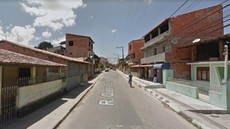 O policial foi baleado na Rua Queira Deus, em Lauro de Freitas - Foto: Reprodução | Google Maps
