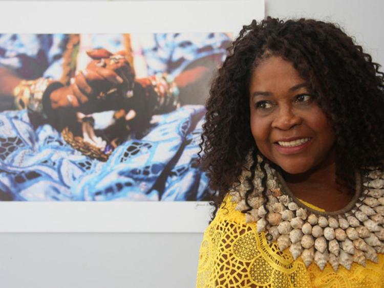 Cantora passeará por clássicos dos blocos afros e músicas que homenageiam às Yabás - Foto: Divulgação