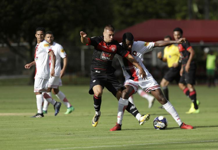 Leão não repetiu a boa estreia no campeonato e ficou no empate - Foto: Adilton Venegeroles | Ag. A TARDE