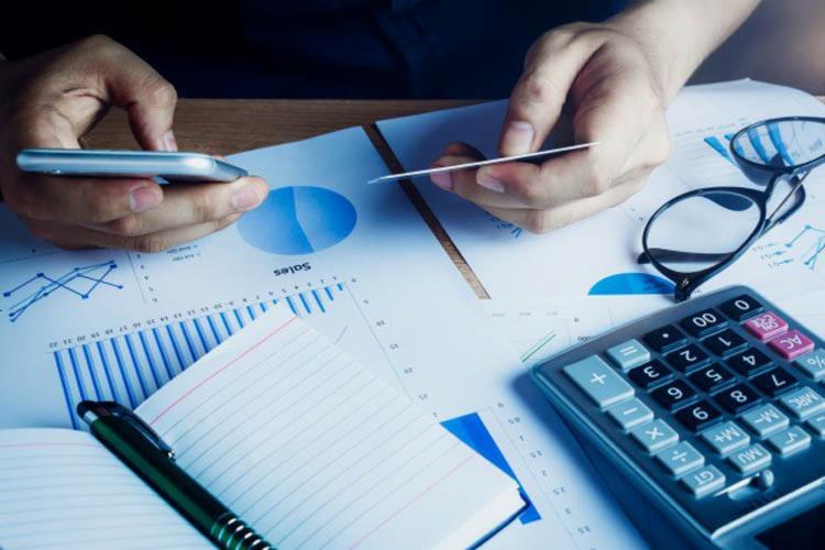 Com a melhora da confiança, 41% dos micro e pequenos empresários devem investir mais em 2019 - Foto: Divulgação | Freepik