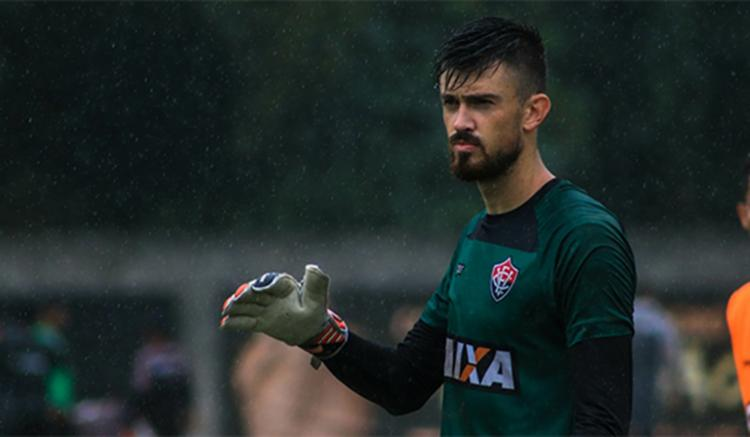 Revelado pelo Juventude, o goleiro de 22 anos atuou em apenas 8 partidas pelo Vitória - Foto: Maurícia da Mata / EC Vitória