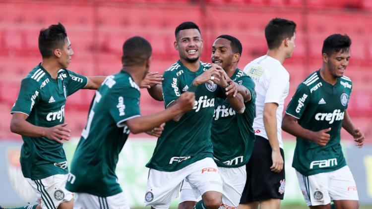 No elenco rubro-negro, o técnico Marcelo Chamusca conta com o lateral direito Jeferson - Foto: Fabio Menotti / Ag Palmeiras / Divulgação