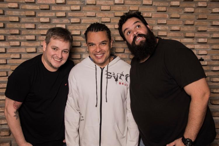 Os cantores Manno Góes, Adelmo Casé e Faustão se apresentam todas as quintas-feiras de janeiro no Rv Lounge. - Foto: Divulgação