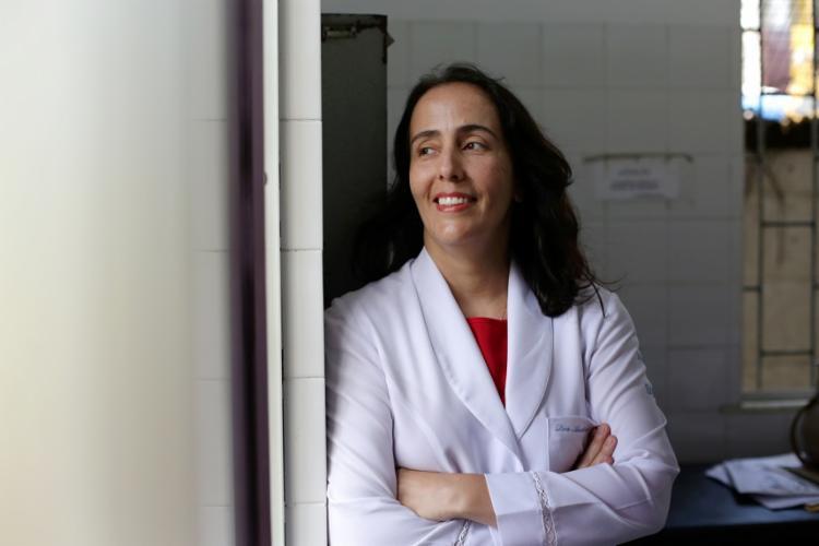Andrea Barral é pneumologista e especialista em medicina do sono - Foto: Raul Spinassé   Ag. A TARDE