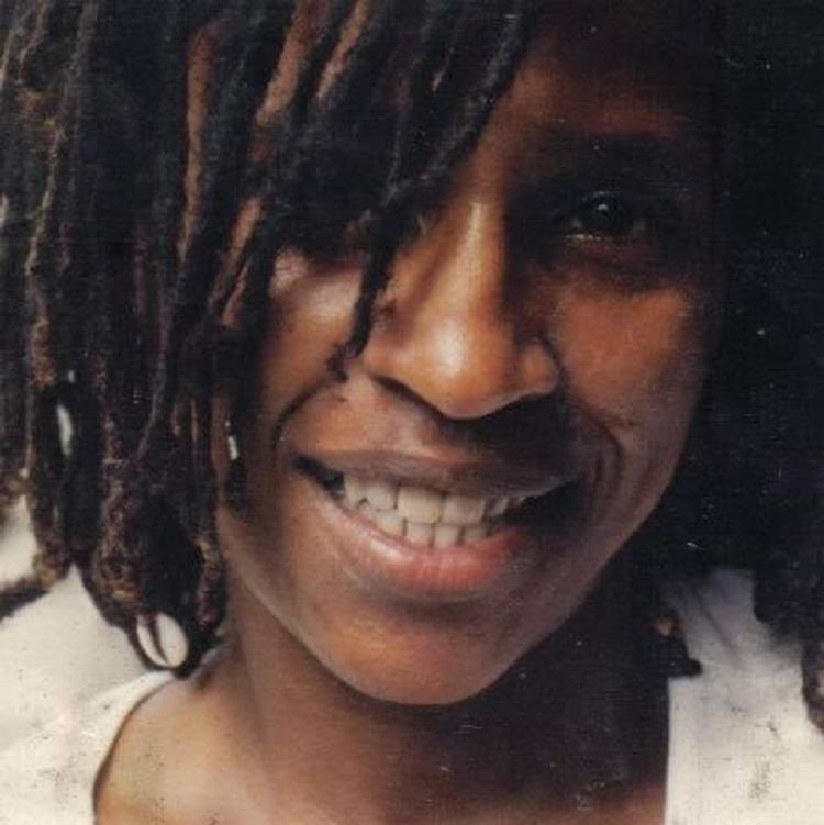 Ritinha da Bahia foi uma das primeiras mulheres a fazer parte do grupo de capoeira do importante Mestre João Pequeno. - Foto: Reprodução | Facebook