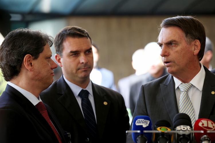Flávio permanece quieto o vídeo inteiro - Foto: Wilson Dias | Agência Brasil