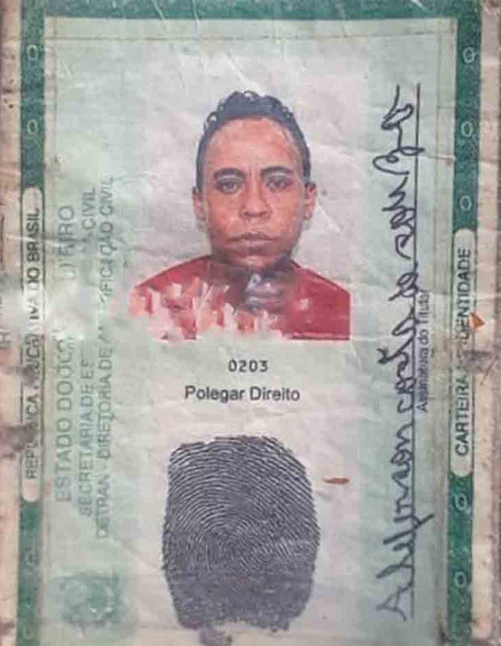 Aleferson Costa de Souza teria batido a cabeça em pedra no fundo do rio