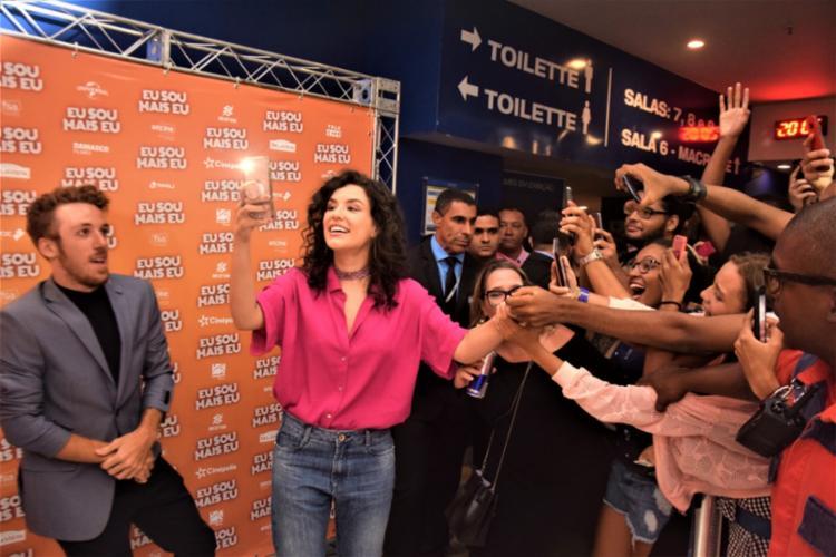 Kéfera Buchmann retorna aos cinemas vestindo a pele da famosa cantora pop Camilla Mendes - Foto: Genilson Coutinho   Divulgação