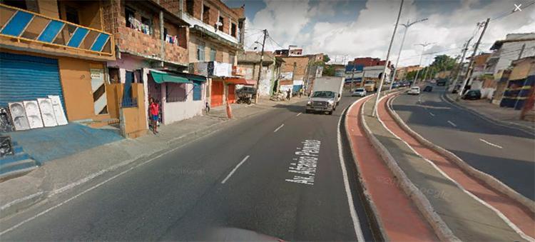 A manifestação acontece na av Afrânio Peixoto sentido bairro Calçada - Foto: Reprodução | Google Maps
