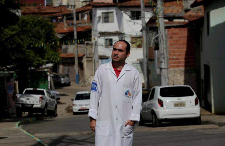 Brenno Soares decidiu ser médico da família em comunidade ainda na faculdade - Foto: Adilton Venegeroles | Ag. A TARDE