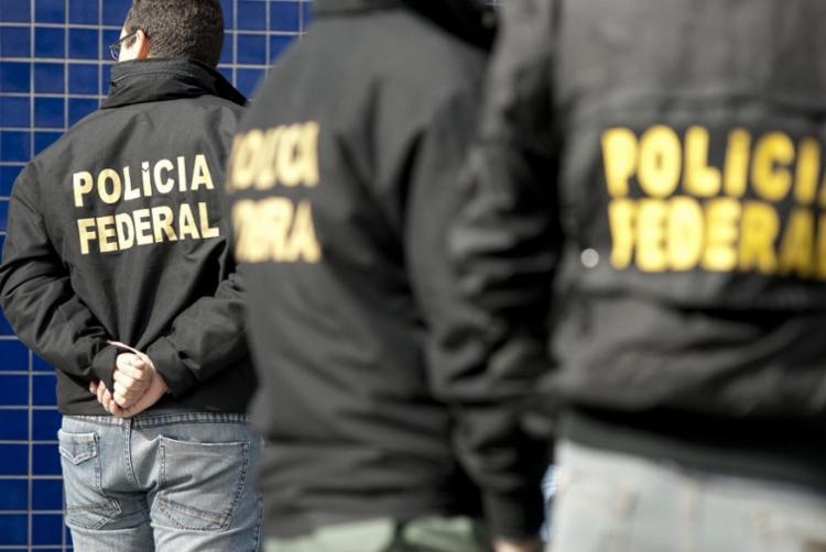 Cerca de 60 policias participam da ação visa cumprir 22 mandados de prisão - Foto: Divulgação