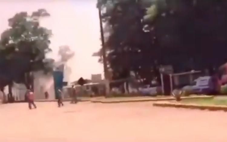 Imagens mostram funcionários tentando escapar da lama da barragem - Foto: Reprodução | YouTube