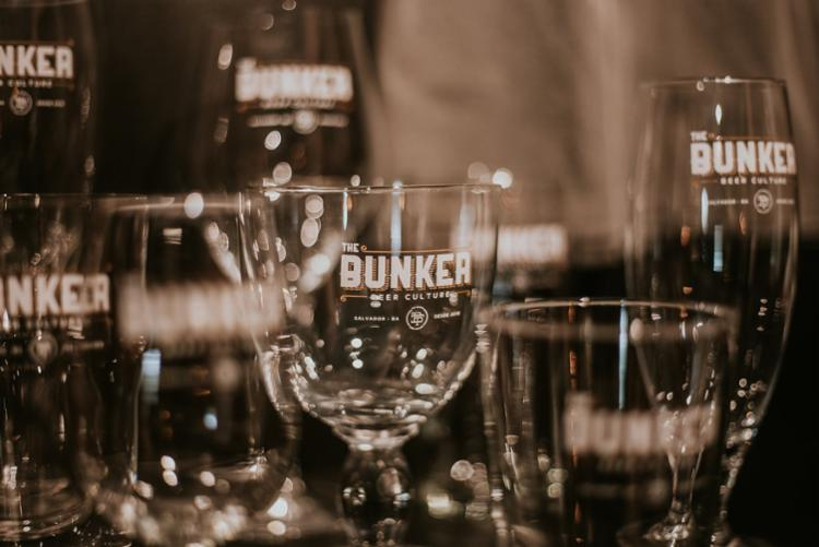 Na carta de bebidas do Bunker, localizado na Pituba, os clientes poderão apreciar mais de 200 rótulos das melhores cervejas do Brasil e do mundo - Foto: Divulgação