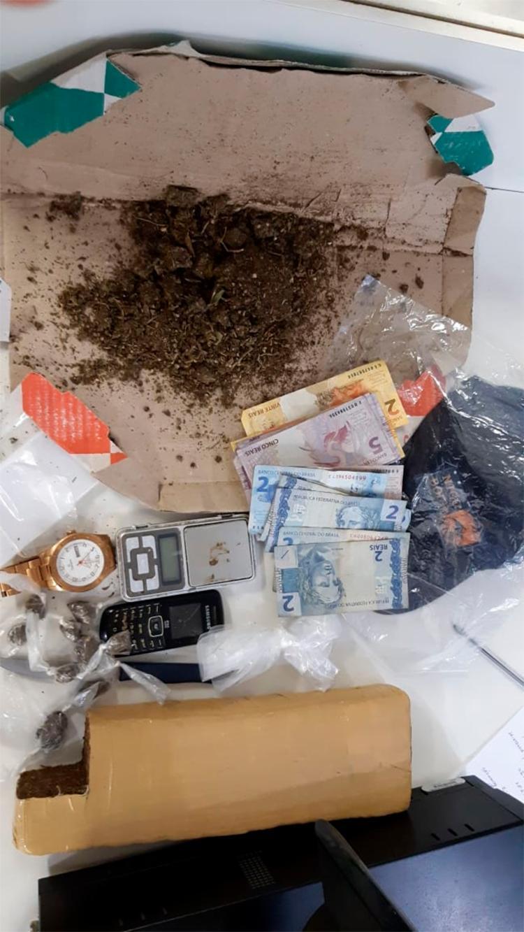 Laércio dos Anjos Santos, 21 anos, foi preso em flagrante por suspeita de tráfico - Foto: Divulgação | SSP-BA