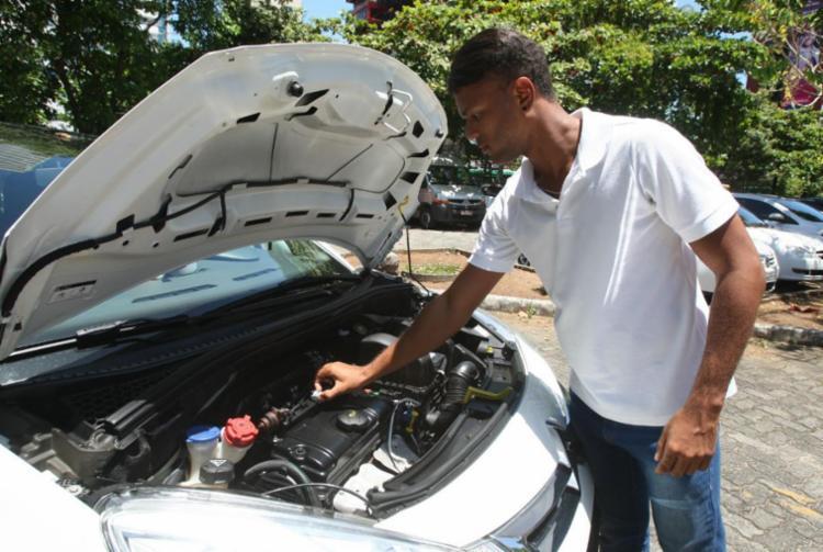 Segundo especialistas, os ruídos dos veículos podem estar relacionados a componentes da suspensão, pneus, sistema de freios e correias - Foto: Luciano da Matta | Ag. A TARDE