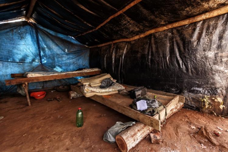 Imagens mostram trabalhadores em situação análoga à escravidão - Foto: Divulgação