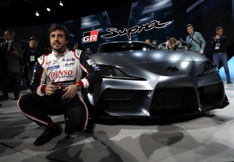 O modelo foi revelado pelo piloto de Fórmula-1, Fernando Alonso
