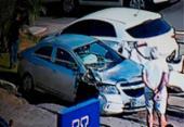 Carro capota após colidir com outro veículo na avenida ACM | Foto: Reprodução | TV Record Bahia