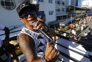 Barra-Ondina: confira imagens do primeiro dia de Carnaval |