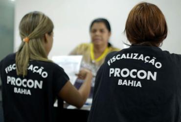 Procon inicia fiscalização em pontos de vendas de abadás, fantasiais e camarotes | Uendel Galter | Ag. A TARDE